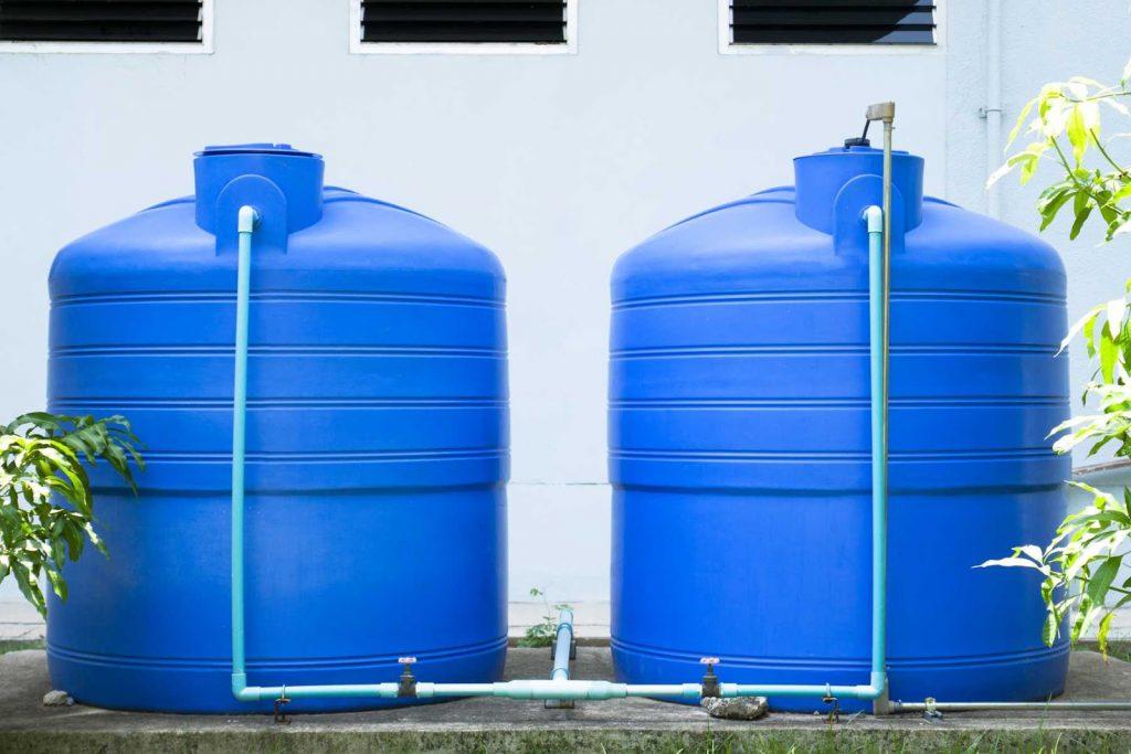 Consejos en el limpiado y llenado de depósitos de agua domésticos